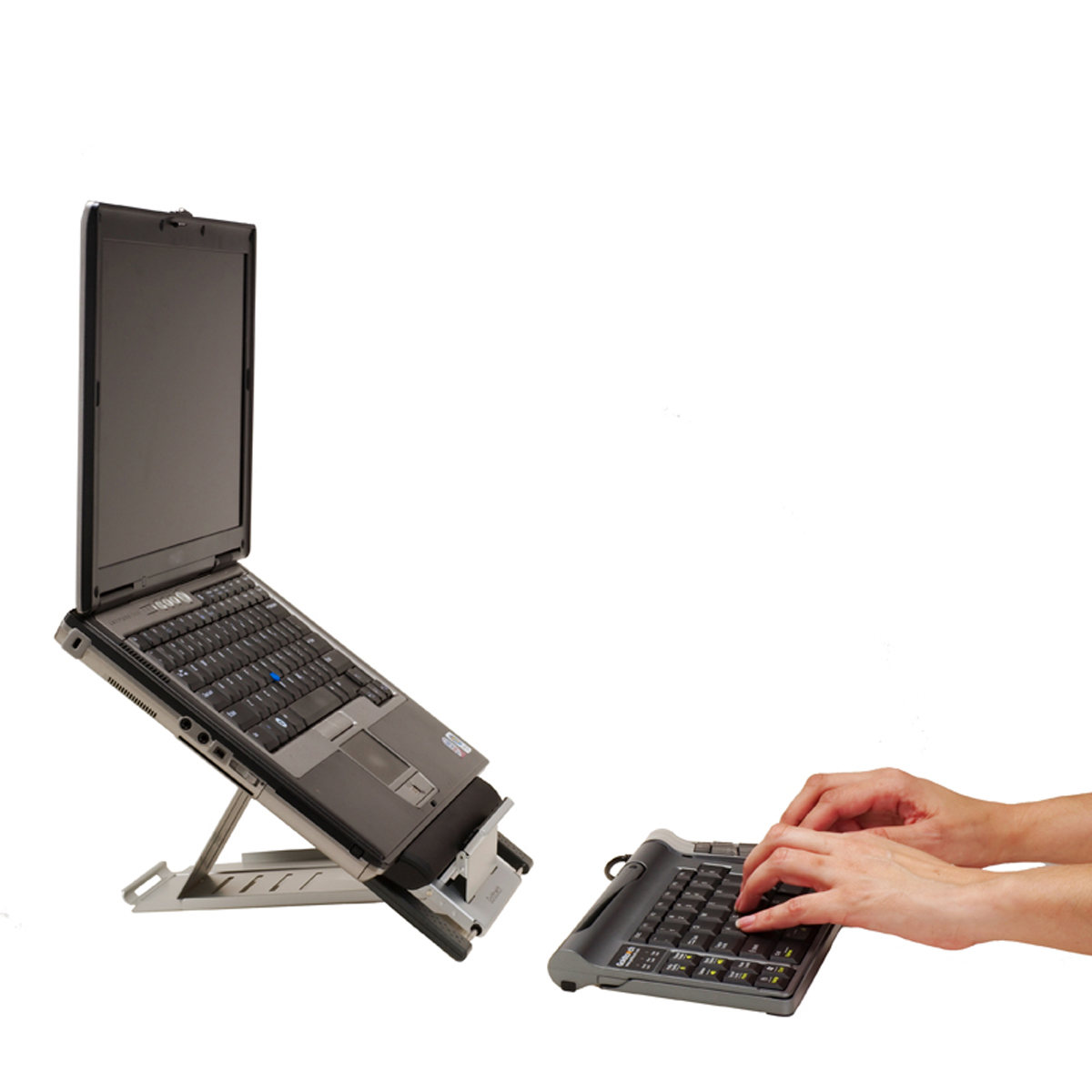 how to attach laptop to keyboard stand
